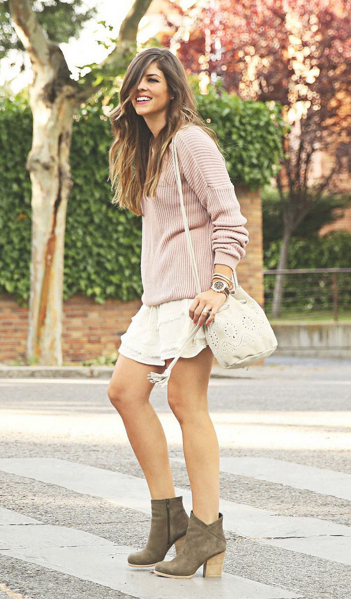 http://becomechic.com/wp-content/uploads/2015/06/Casual-Street-Style-Outfits-For-This-Season-2015-17.jpg