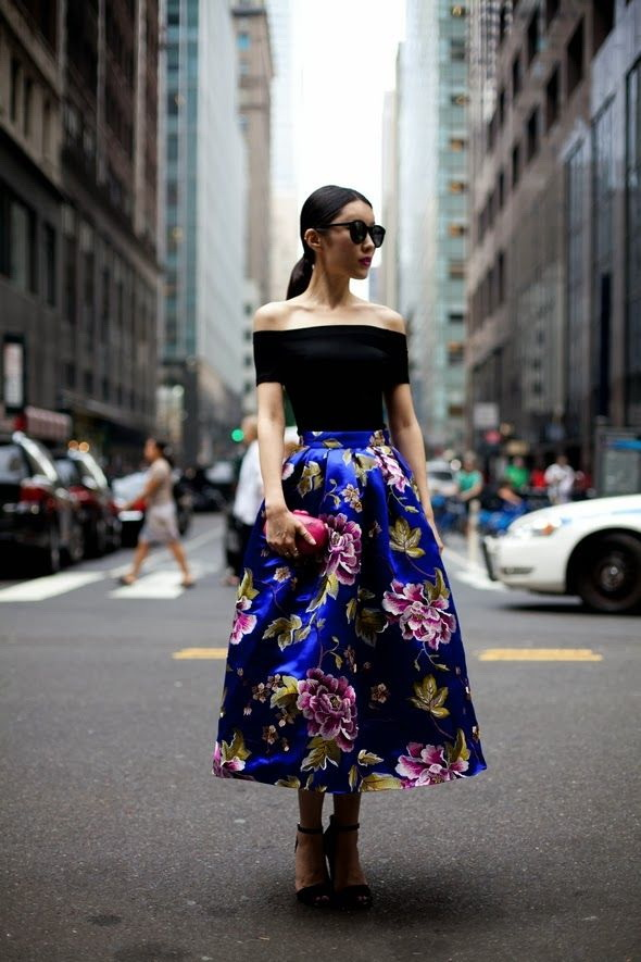 Off Shoulders - Best Street Style Looks 2021
