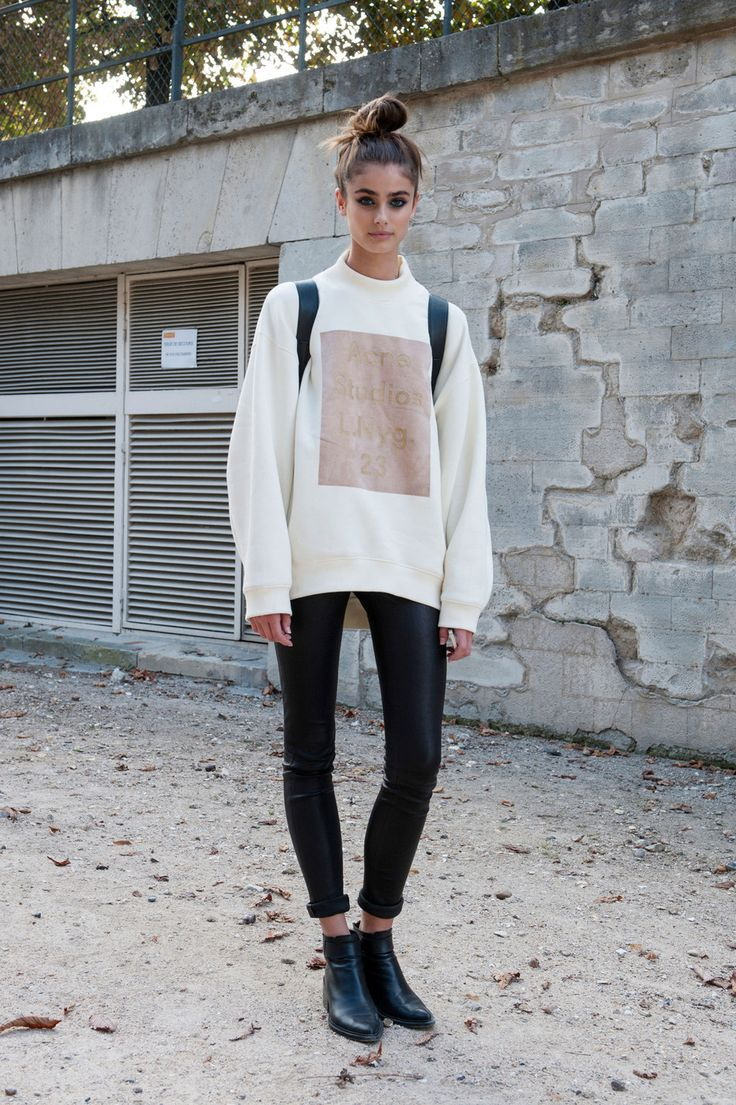 23 Tops to Wear With Leggings This Fall 2018 | Become Chic