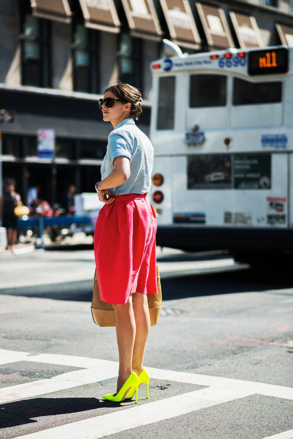 15 Chambray Shirts To Wear Like A Street Style Star