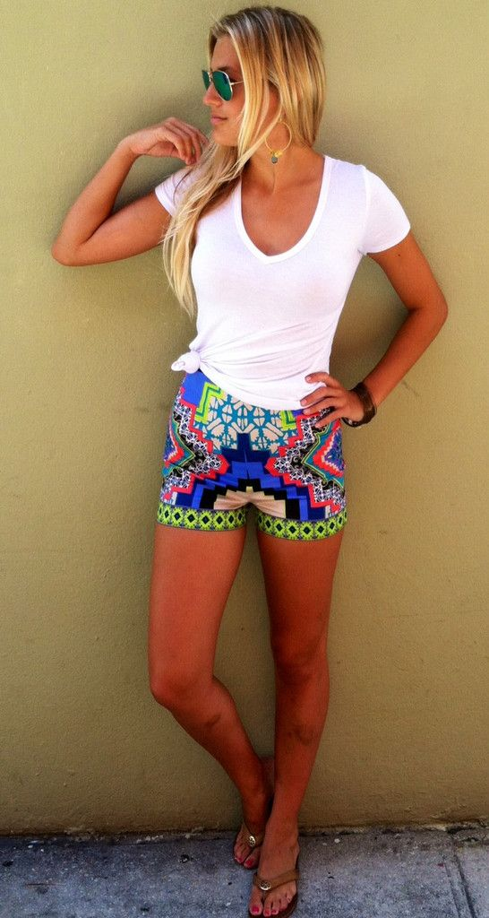 11 Ways To Wear Printed Shorts