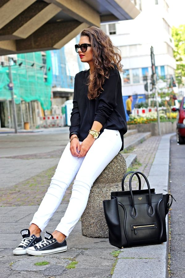 How To Wear White Pants This Fall