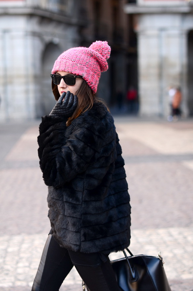 8 Perfect Beanies To Incorporate With Your Everyday Street Style Looks 2020