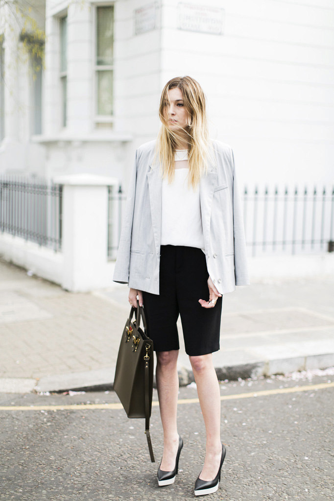 Your Ultimate Guide To Black Shoes With White Soles