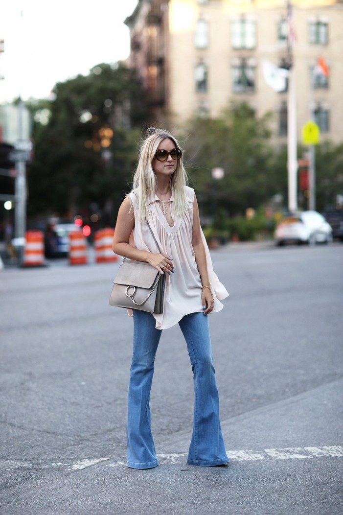 Non-Boring 22 Ways To Wear Flare Jeans 2019