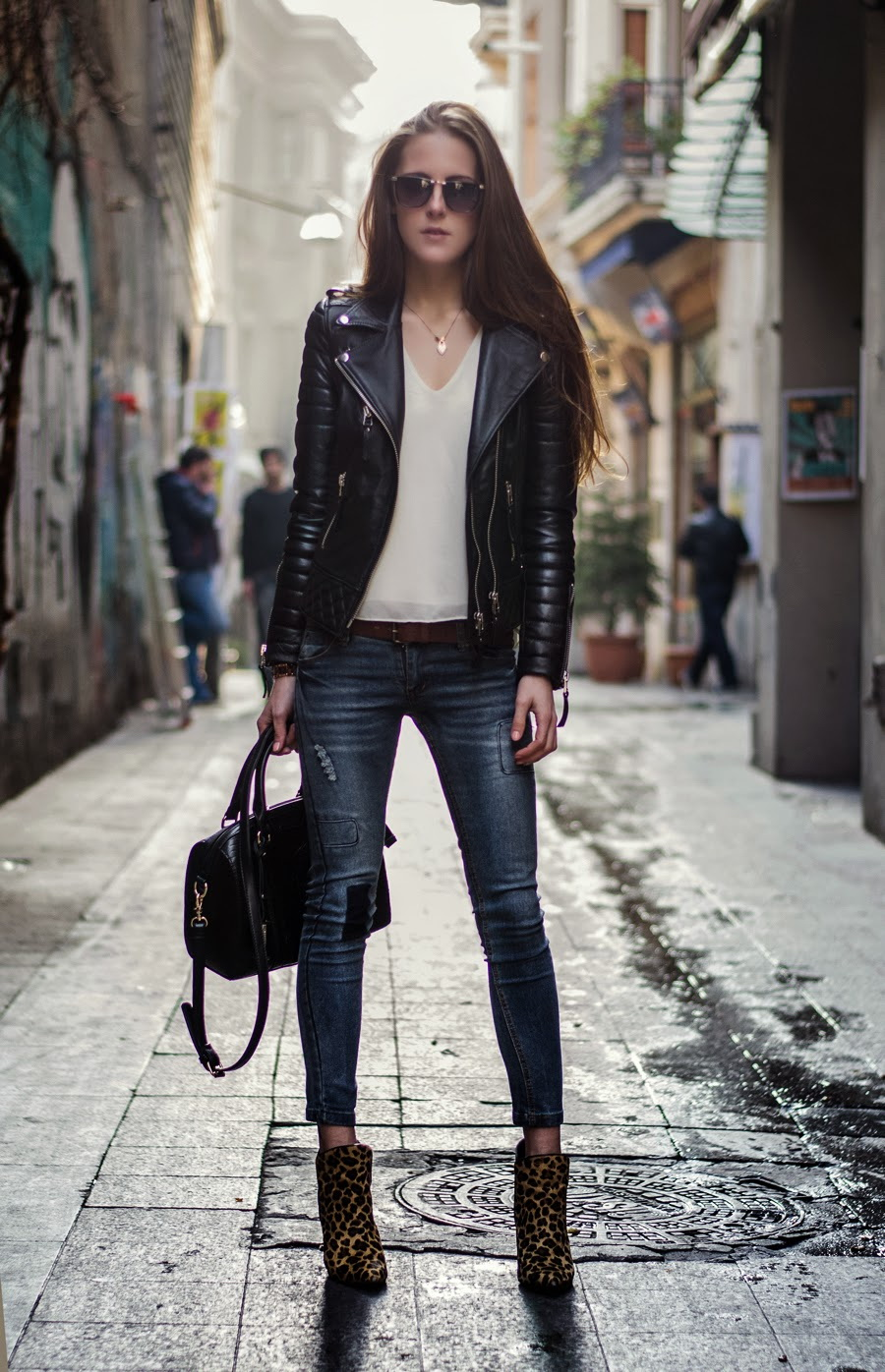 52 Ways To Wear a Leather Jackets 2017 | Become Chic