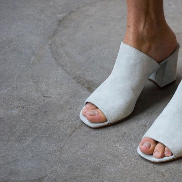 Check Out 14 Mule Shoes To Buy This Year