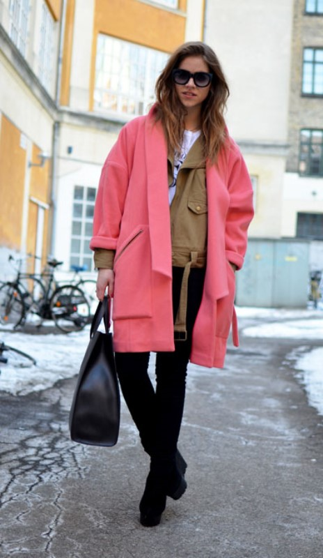 Street Style: Oversized Pink Coats For Women 2019