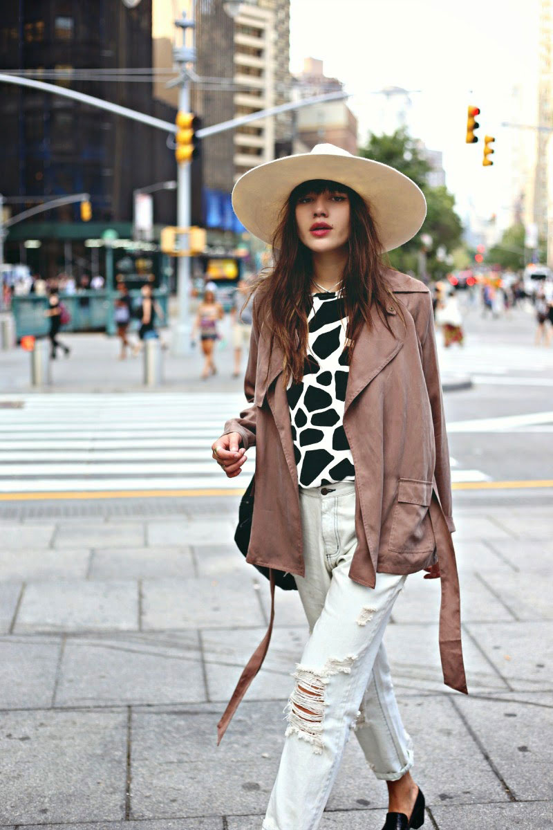 The Best Wide Brim Hats for Fall And How To Style Them 2020
