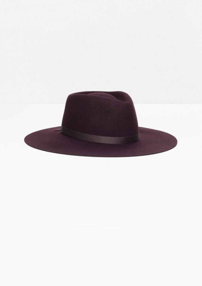 The Best Wide-Brim Hats for Fall And How To Style Them 2020