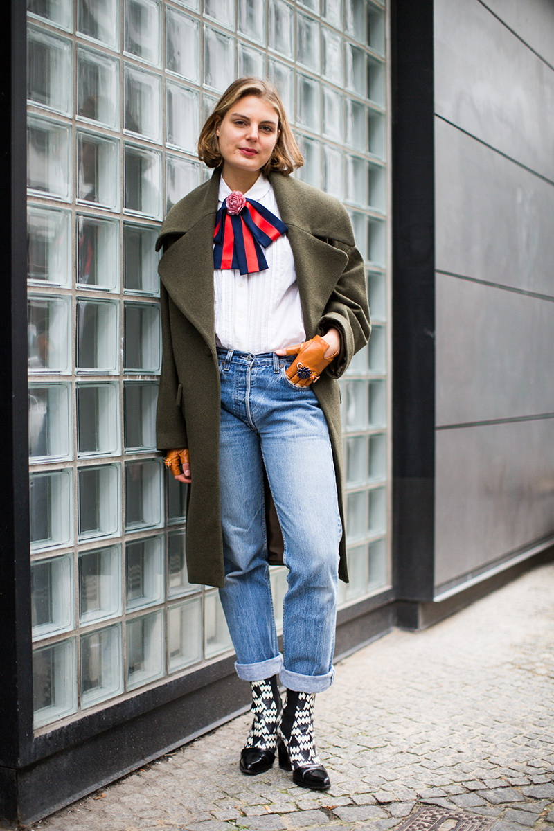 Tie Neck Blouses Street Style 2019 Become Chic