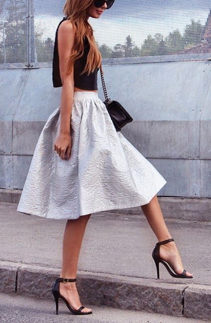 How To Wear Full Skirts In Summer 2021
