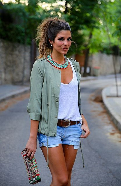 How To Wear Khaki Fashion Trend