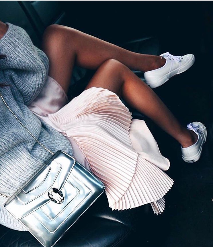 Oversized Sweater In Light Grey With Blush Dress And White Kicks 2020