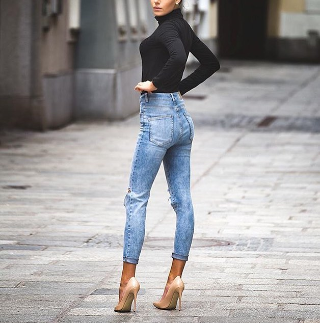 Black High Neck Bodysuit And High-Rise Skinny Jeans With Nude Heels 2019