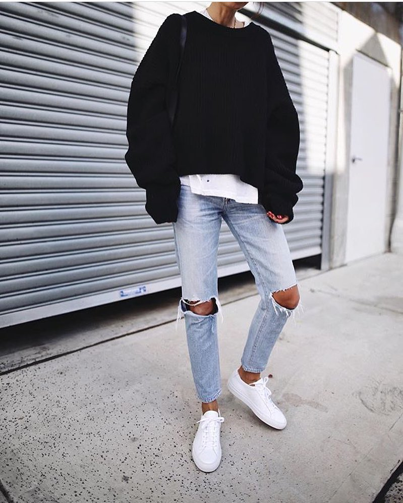 Oversized Black Sweater, Ripped Jeans And White Kicks: Spring Casual Basics 2019