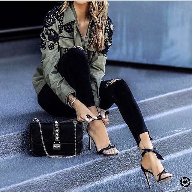 Khaki Olive Cargo Jacket With Black Lace Embroidery And Black Skinny Jeans 2019