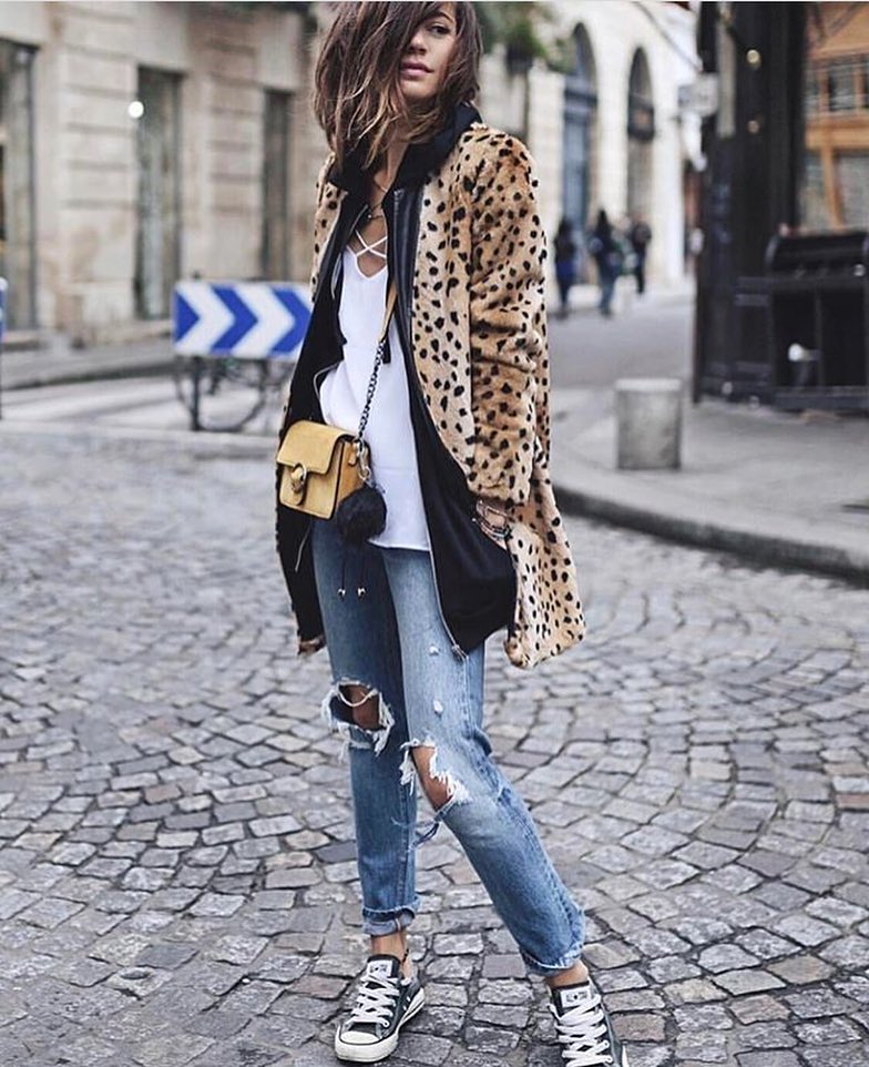 Leopard Print Coat And Ripped Jeans For Casual Street Walks 2020