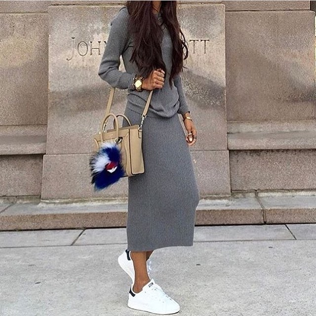 Long Sleeve Sweater Dress In Grey And White Sneakers 2020