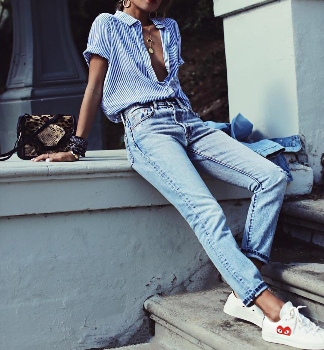 Pinstripe Blue-White Shirt With Wash Blue Jeans And White Sneakers 2019