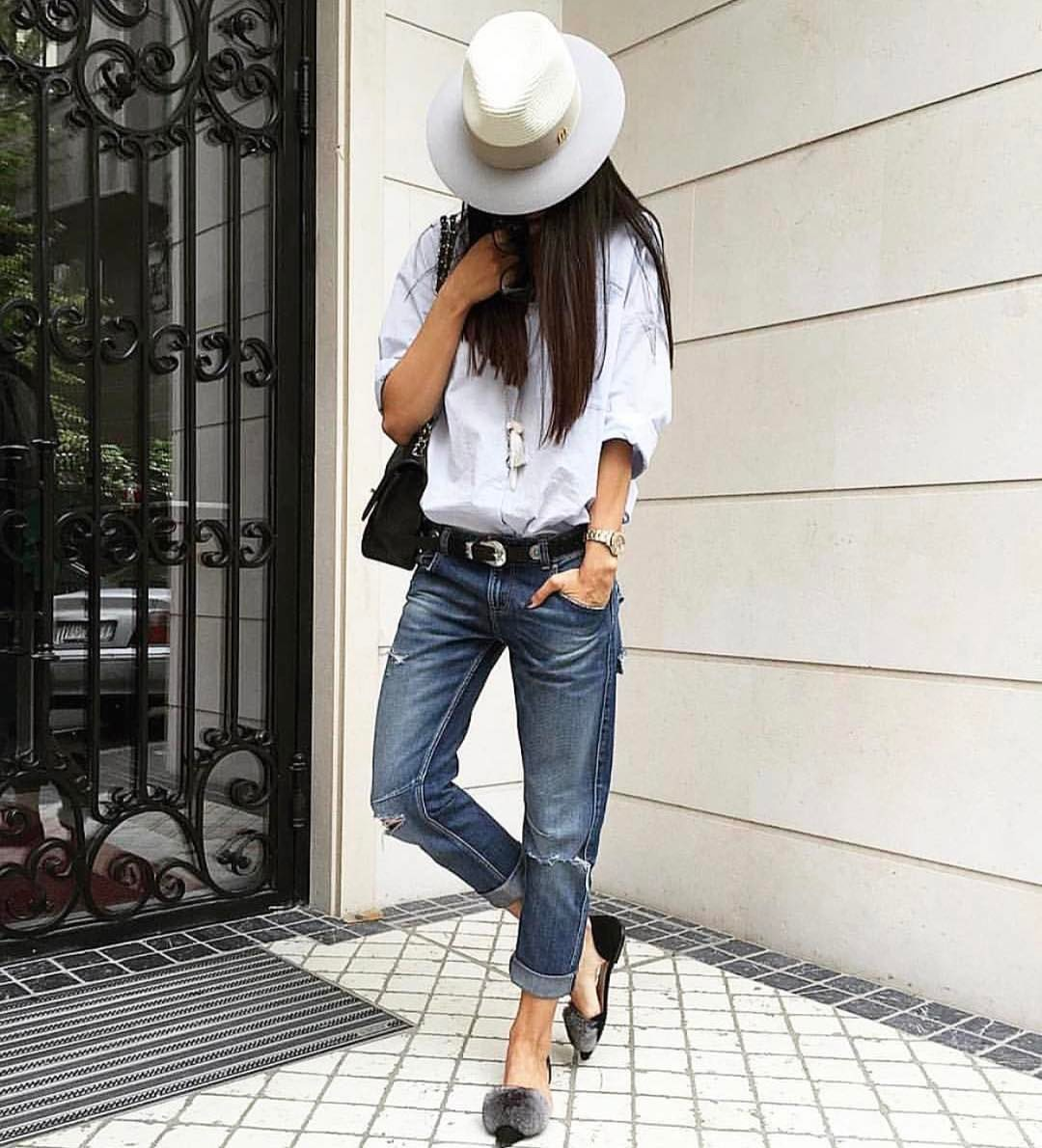 White Shirt With Cuffed Jeans And Fur Flat Pumps: Mannish OOTD 2019