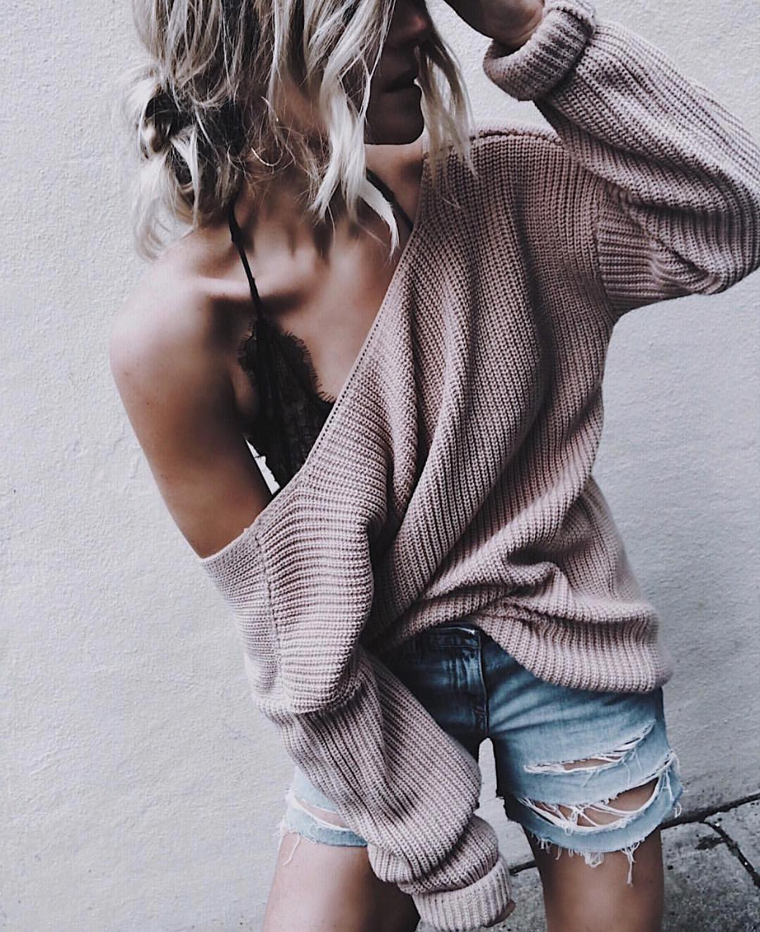 One Shoulder Sweater With Denim Shorts For Warm Fall Season 2019