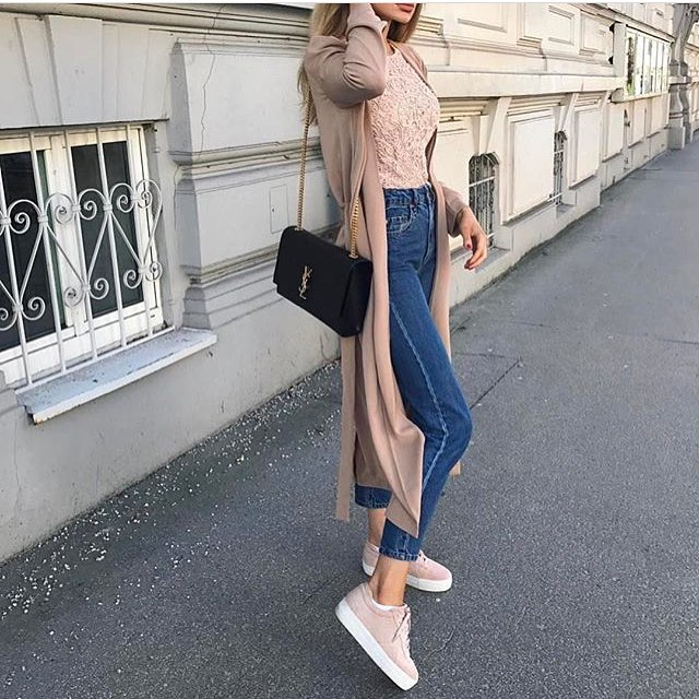 Extra Long Cardigan In Blush With Pink Lace Top, Ankle Jeans And Blush Kicks 2019