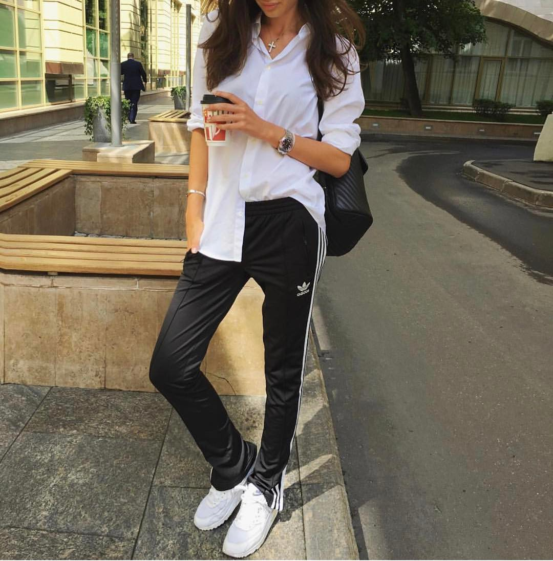 Black Jogger Pants And White Button-Down Shirt: Spring Athleisure Combo 2020
