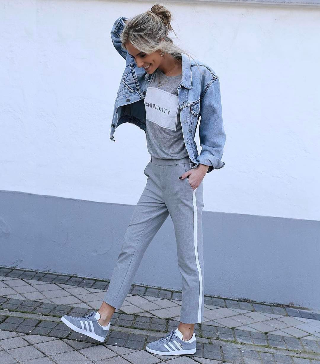 Sporty Style And Denim Jacket For Summer 2019