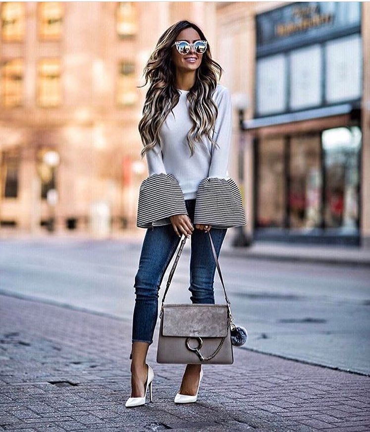 Bell Sleeve Top In White With Skinny Jeans And White Heeled Pumps 2019
