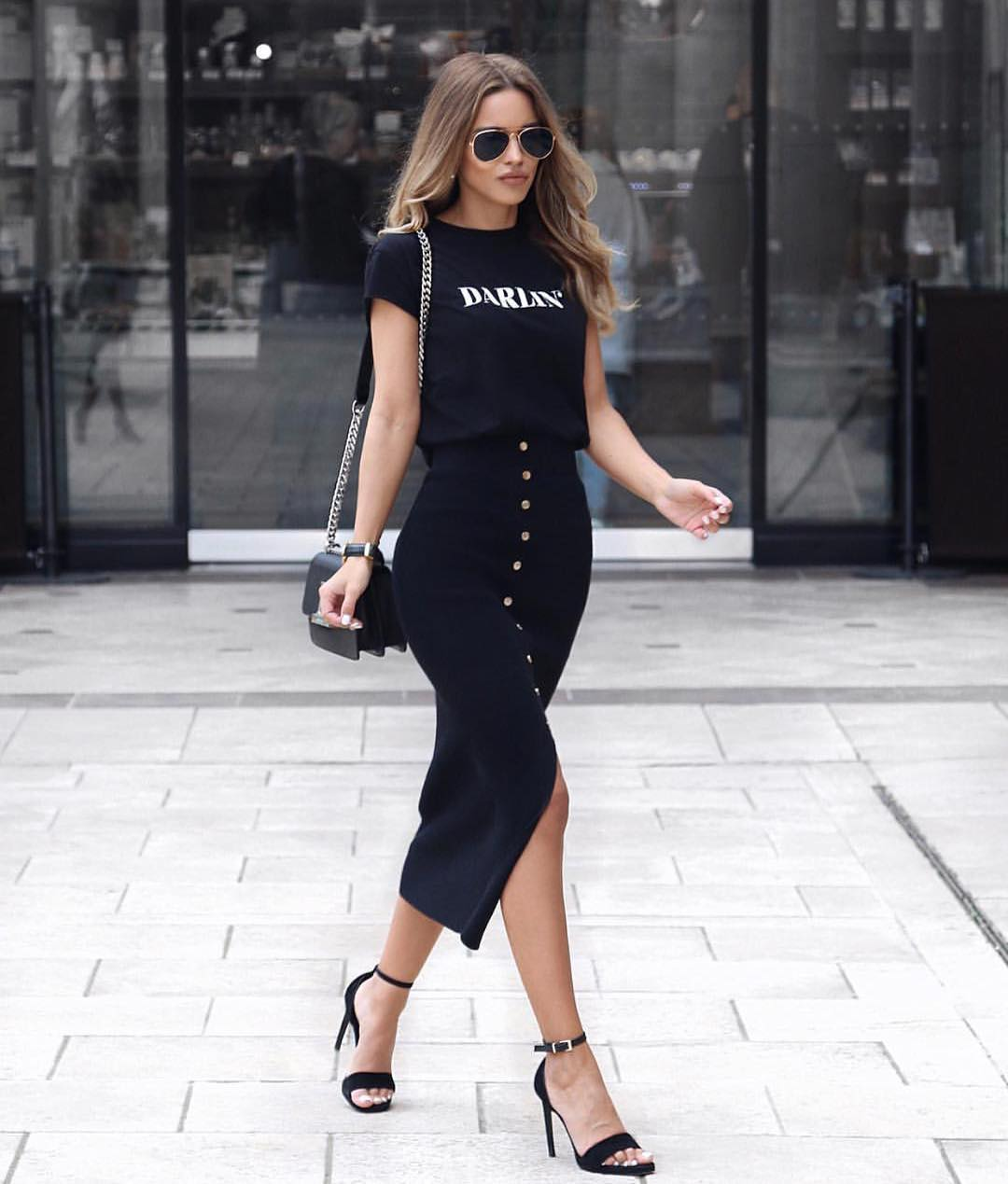 Black Tee And High Rise Front Buttoned Midi Skirt: All In Black Summer Look 2019
