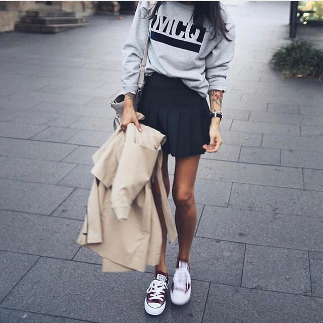 Can I Wear Black Mini Pleated Skirt With Grey Pullover And Trainers 2019