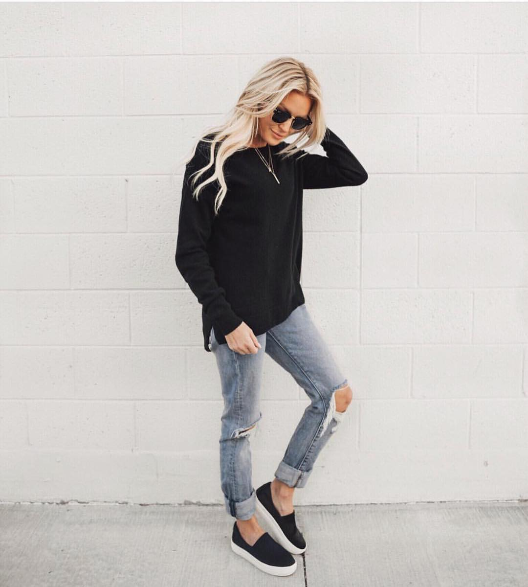 Black Oversized Sweater With Wash Blue Jeans And Black Slip On Shoes 2019