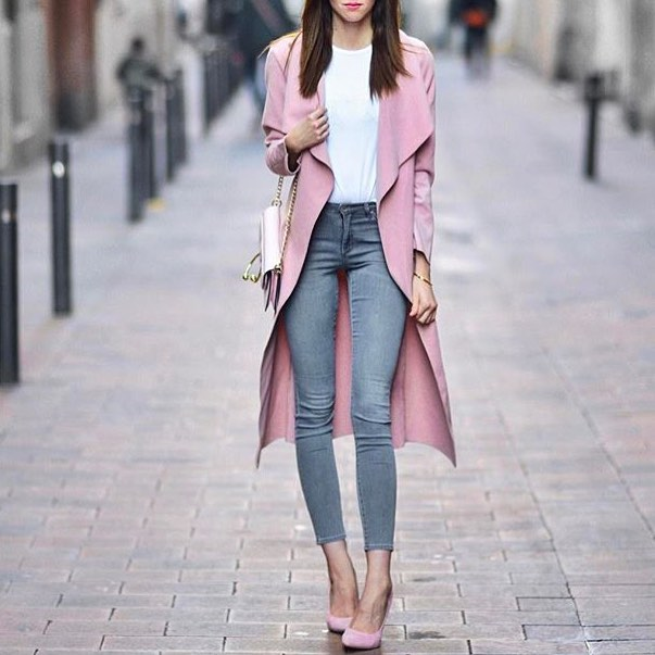 Can I Wear Light Pink Coat With Wash Blue Skinny Jeans And Blush Pumps 2019