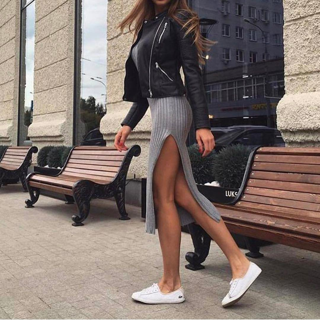 Can I Wear Black Leather Jacket With Grey Knitted Dress 2020