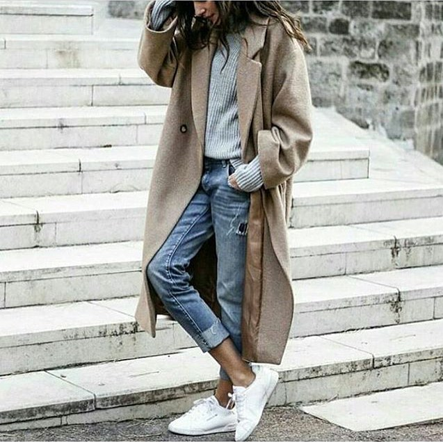 Oversized Cream-Grey Coat With Grey Sweater, Cuffed Jeans And White Kicks 2019