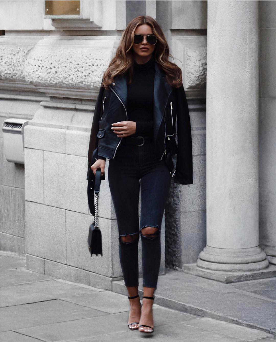All Black Fall Outfit: Leather Jacket, Black Bodysuit And Skinny Jeans 2019