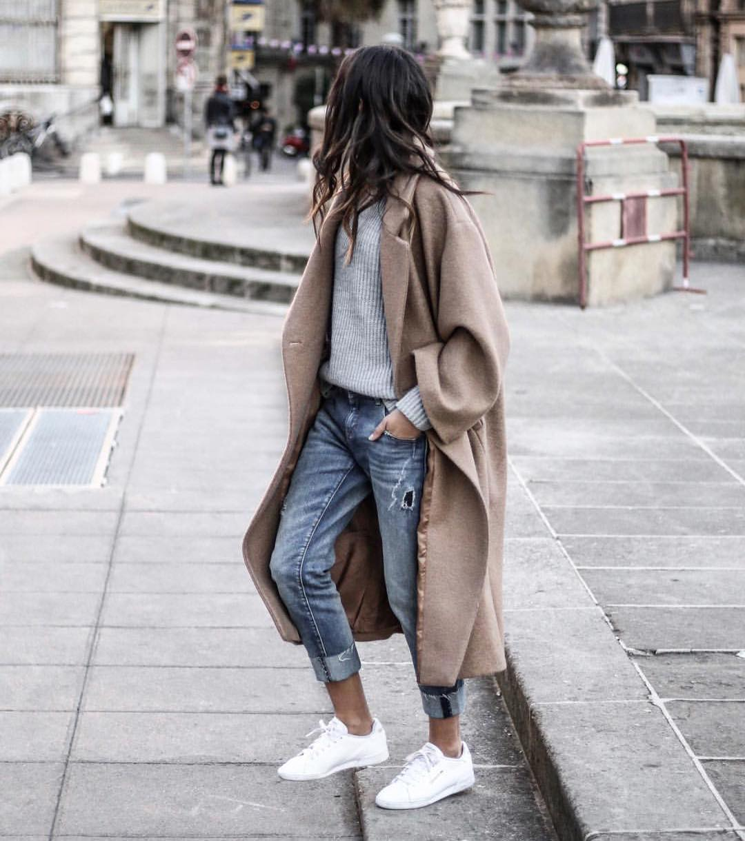 Oversized Grey Coat With Sweater Teamed With Cuffed Jeans And White Sneakers 2019