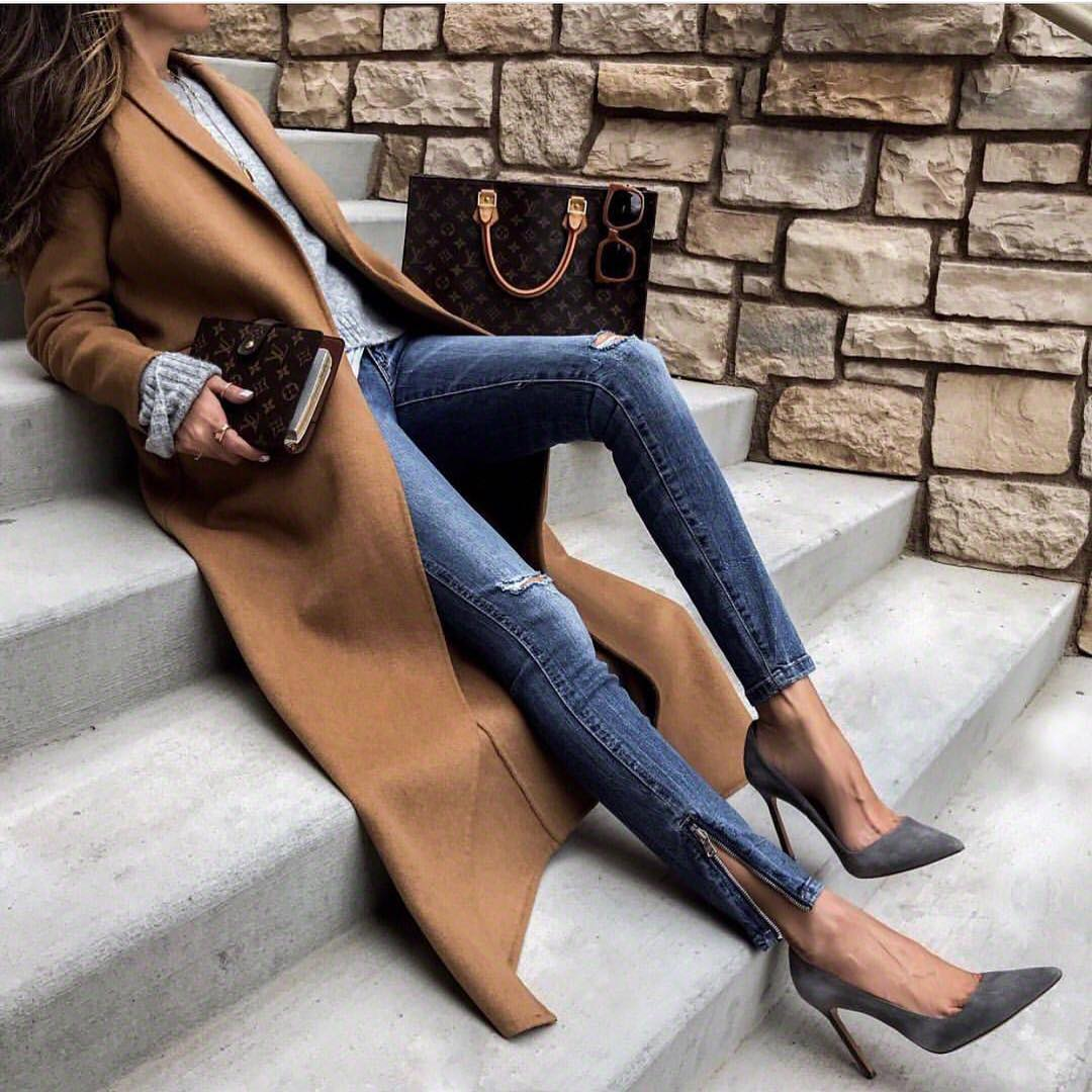 Camel Coat With Grey Sweater And Blue Skinnies With Grey Pumps For Fall 2019