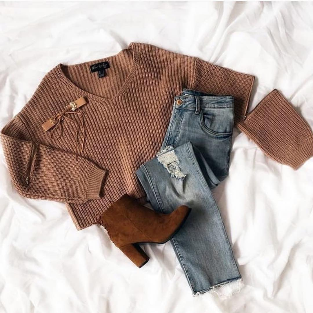 Knitwear And Denim: Casual Day Essentials 2021